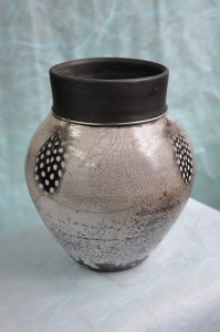 Rowena Williams - Vase (Cream, Black) - Raku